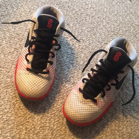 Nike Kyrie 1 Gs White Black Orange  dd41052426